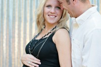 Maternity pictures taken in Cleburne, Texas by Taylor Jackson